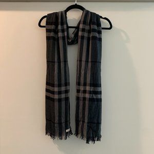 Burberry Wool Cashmere Scarf